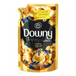 Downy Parfum Collection Daring Fabric Conditioner Refill 1.35L