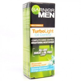 Garnier men Turbolight Oil Control Whitening Moisturiser 40ml