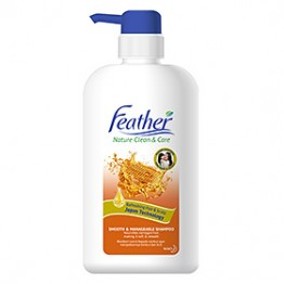 Feather Smooth & Manageable Shampoo 650ml